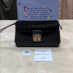 NWT COACH PEBBLED EXOTIC CLUTCH IN BLACK
